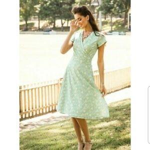Anthropologie Green Geometric Wrap Dress US  0 2